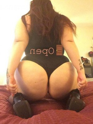 Selen escort girl and erotic massage