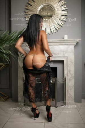 Zilia nuru massage in Pecos & call girl